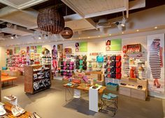 Crocs flagship store by The One Off, Greenhithe   United Kingdom store design