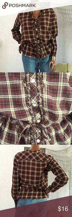 Tommy Hilfiger Rustic Plaid Drawstring Waist Top Brand Tommy Hilfiger  Size Medium  100% Cotton  Very Nice qualuty and condition  Rustic Plaid button Front with drawstring waist. Button cuffs  Just right for a fall day! Bundles available with discounts Tommy Hilfiger Tops Button Down Shirts