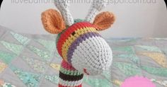 You can make a sweet giraffe as a friend for a loved one in your life with this Adorable Crochet Hearty Giraffe Amigurumi Free Pattern. Amigurumi Giraffe, Doll Amigurumi Free Pattern, Crochet Teddy Bear Pattern, Giraffe Crochet, Crochet Toys Patterns, Knitting Patterns, Crochet Pony, Free Crochet, Knit Crochet