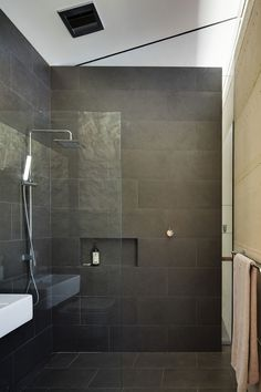 Wet Room Design Ideas If you are thinking about ways to spruce up your interior then you should look into wet rooms. What is a wet room you ask? Simple: its a new approach to bathroom design in which there is no tub shower screen or tray. Small Grey Bathrooms, Gray And White Bathroom, Modern Bathroom, Bathroom Black, Dark Tiled Bathroom, Shiplap Bathroom, Modern Shower, Bad Inspiration, Bathroom Inspiration