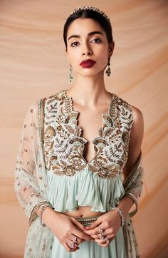 Garments This New Label Has the Freshest Blouse Designs You'll Ever See! South Indian Blouse Designs, Fancy Blouse Designs, Saree Blouse Designs, Sari Design, Diy Design, Cut Work Blouse, Black Sheer Blouse, Kurti Designs Party Wear, Indian Designer Wear