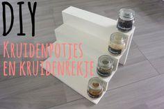 DIY - kruidenpotjes en kruidenrekje - Simple Thoughts