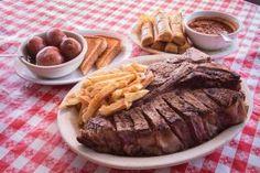 Lunching in Little Rock: Doe's Eat Place - AY Magazine Eat Lunch, Little Rock, Beef, Places, Food, Meat, Essen, Meals, Yemek