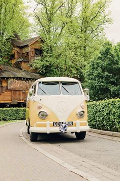 VW Camper Rustic Treehouse Wedding http://helenrussellphotography.co.uk/