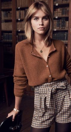 Sezane Automne 2018 casual fall outfit winter outfit style outfit inspiration millennial fashion street style boho vintage grunge casual i Beauty And Fashion, Fashion Mode, Look Fashion, Womens Fashion, Lifestyle Fashion, Fashion Images, Hipster Fashion, Ladies Fashion, Teen Fashion