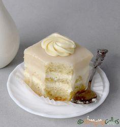 Amandine albe de cofetarie Romanian Food, Vanilla Cake, Fondant, Panna Cotta, Cheesecake, Cupcakes, Sweets, Cookies, Baking