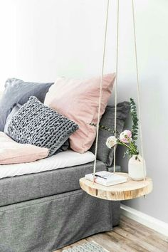 Dorm room ideas dorm inspiration for students DIY dorm decor coo .- Dorm room ideas dorm inspiration for students DIY dorm decor cool tap Hanging Table, Diy Hanging, Hanging Shelves, Bedroom Furniture, Diy Furniture, Furniture Projects, Furniture Outlet, Furniture Design, Couch For Bedroom