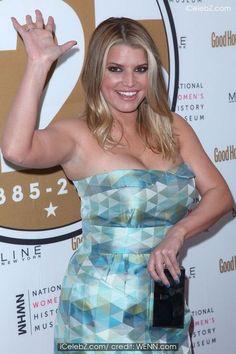 Jessica Simpson http://icelebz.com/celebs/jessica_simpson/photo162.html