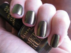 Rimmel - Bronze Princess, over BB Couture - Glampyre. Duochrome is more obvious in real life.