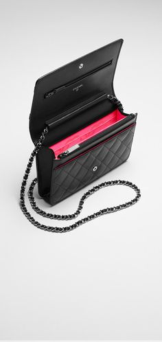 Wallet in quilted calfskin with... - CHANEL