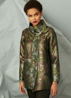 V9287   Misses' Jacket with Stand Collar and Extended Placket   Vogue Patterns