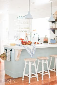Soak in beauty of the harvest in this Fall time cottage kitchen by TIDBITS.