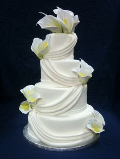 Cake Art Calla Lilly Wedding Cake Easy Butterfly Gardening: Three Tips for Success Article Body: But Round Wedding Cakes, Amazing Wedding Cakes, Amazing Cakes, Calla Lillies Wedding, Calla Lilies, Pretty Cakes, Beautiful Cakes, Wedding Dress Cake, Specialty Cakes