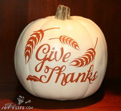 creative pumpkin crafts all one place for fall, Halloween and Thanksgiving via Our Southern Home! Thanksgiving Crafts, Fall Crafts, Holiday Crafts, Thanksgiving Table, Vinyl Crafts, Vinyl Projects, Craft Projects, Fall Halloween, Halloween Crafts