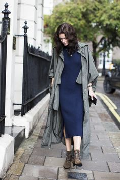 ribbed navy knit. Hedvig in London. #TheNorthernLight