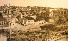 (1890 Colonna di Foca - la piazza alla fine di via Cavour è stata demolita nel 1931)