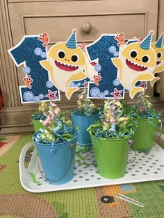 Baby shark centerpieces DIY - Santi's Birthday Ideas - Baby Shark Birthday Cakes, Boys First Birthday Party Ideas, Baby Boy 1st Birthday Party, Baby Party, Birthday Party Themes, Birthday Centerpieces, Shark Party Decorations, Baby Shark, First Birthdays