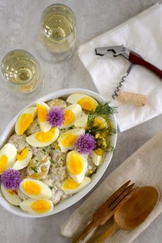 This Scandinavian Potato and Egg Salad would be perfect for a picnic. Pick it up in a basket with some smoked salmon, a thermos of coffee, and a few slices of Norwegian cream cake and you're set! | Recipe at Outside Oslo
