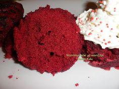 Νηστίσιμο red velvet κέικ με παντζάρι, χωρίς μίξερ, στα μικροκύμματα. | Tante Kiki Red Velvet, Muffin, Breakfast, Food, Morning Coffee, Essen, Muffins, Meals, Cupcakes