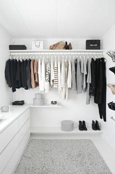 Begehbarer Kleiderschrank - wie Sie die perfekte Ordnung schaffen