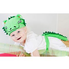 Oskar and Ellen Crocodile Animal Hat and Tail Dress Up! For learning, imagination and role play! Oskar and Ellen provide an innovative and fun range of soft fabric toys aimed at encouraging your child's imagination through role play! Crocodile Costume, Crocodile Animal, Animal Hats, Fabric Toys, Imaginative Play, Online Gifts, Educational Toys, Soft Fabrics, Gifts For Kids
