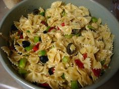 Quick and Easy Pasta Salad.....yep Supper tonight.....with a few tweeks....