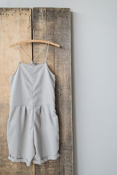 A very simple but pretty jumpsuit, i would love this.