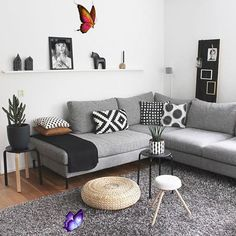 <br> Narrow Living Room, Cozy Living Rooms, Living Room Grey, Home Living Room, Apartment Living, Living Room Decor, Cozy Apartment, Studio Apartment, Dining Rooms