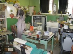 1940's kitchen   1940's Kitchen   Flickr - Photo Sharing!