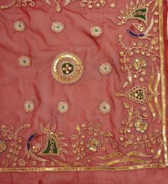 INDIAN VINTAGE DESIGN FABRIC CRAFT HAND EMBROIDERED ZARI DECO PEACOCK SCRAP RED | eBay