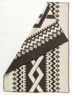 Álafoss Wool Blanket - Flétta Dark 0401 Made of 100% pure Icelandic Wool. Designed by Védís Jónsdóttir.