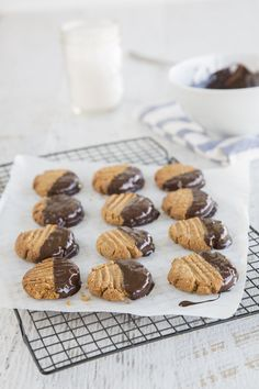 Did you know you could create gluten-free cookies with just 3 ingredients? We are all about simplifying things in the Food Matters Kitchen, which is why we created these little beauties for you! So simple - and great for getting the kids in the kitchen with you!
