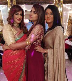 Image may contain: 4 people, people standing Tv Actors, Actors & Actresses, Kumkum Bhagya, Indian Bridal Wear, Lehenga Designs, Friends Tv, Indian Celebrities, Indian Actresses, Sari