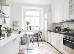 7 Wonderful Clever Tips: Minimalist Bedroom Flooring terrazzo flooring entry. Scandinavian Style, Scandinavian Apartment, Scandinavian Kitchen, Modern Flooring, Terrazzo Flooring, Grey Flooring, Penny Flooring, Rubber Flooring, Parquet Flooring