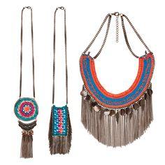 Na trama da moda: brinco, colar e pulseira de crochê! J Necklace, Crochet Necklace, Colar Boho, Crochet Shawl, Knit Crochet, Chanel Resort, Crochet Accessories, Leather Jewelry, Fashion Details