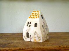 casetta lanterna in ceramica per candela : Accessoires de maison par alisanna