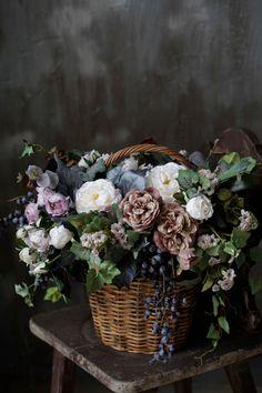 Cut Flowers, Silk Flowers, Antique Christmas Decorations, Flower Pot Crafts, Church Flowers, Vegetable Garden Design, Flower Centerpieces, Flower Boxes, Flower Photos