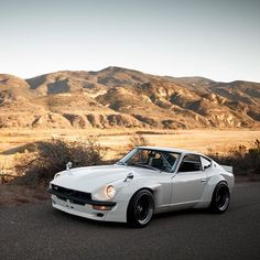 A date with @fugu_z #comingsoon #datsun #240z | Photo by @larry_chen_foto