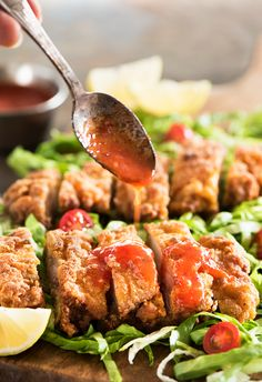 Thai Fried Chicken - Uber crispy outside, moist & tender inside marinated fried Chicken with a sweet & spicy chili sauce.