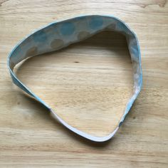 Need a new hair accessory? Want to make your own? Then take a look at our new blog post - Elasticated Headband Fabric Headbands, Elastic Headbands, Make Your Own, Make It Yourself, How To Make, Different Patterns, Hair Accessory, Pattern Paper, New Hair