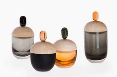 Glassware Handcrafted Vessels to Store Precious Objects - Design Milk What Is The Point Of School Un Verre Design, Glass Design, Box Design, Shape Design, Bath Pearls, Interior Wallpaper, Wallpaper Magazine, Perfume, Dose