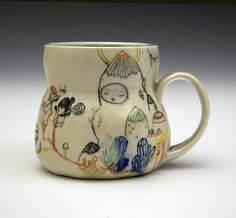 Michelle Summers is a ceramic artist living in Minneapolis, Minnesota. She dabbles in mediums like painting, and you can see the influence in these objects. Ceramic Clay, Ceramic Plates, Ceramic Studio, Pottery Mugs, Ceramic Pottery, Clay Cup, Textile Sculpture, Ceramic Animals, Contemporary Ceramics