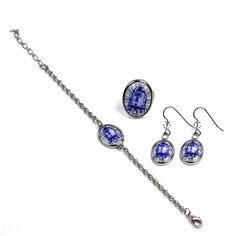 http://thekesselrunway.dr-maul.com/2015/12/30/review-r2-d2-jewelry/