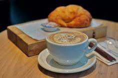 Java Arabica, Sumatra Lintong, Sulawesi Toraja, dan Mocha Java adalah salah satu dari 10 kopi terenak di dunia yang wajib lo coba.  #IslandLife