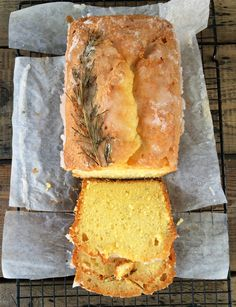 Gin and lemon drizzle cake - THIS IS NOT A DRILL