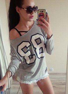 Kup mój przedmiot na #vintedpl http://www.vinted.pl/damska-odziez/bluzki-z-dlugimi-rekawami/12388840-nowa-bluzka-z-nadrukiem-szara-cubus