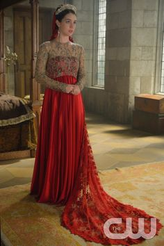 "Reign -- ""Wedlock"" -- Image Number: RE309a_0316.jpg -- Pictured: Adelaide Kane as Mary, Queen of Scots -- Photo: Ben Mark Holzberg/The CW -- © 2015 The CW Network, LLC. All rights reserved."