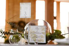 modern styled wedding – wedding invitations, table number & place card. photo by Britta the Photographer