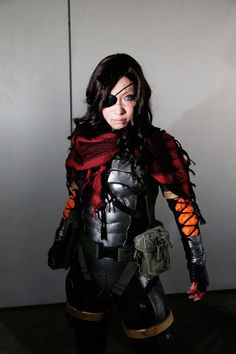 MGSV cosplay, courtesy of Metal Gear cosplay aficionado Omi Gibson Halloween Costume