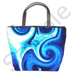 L420 Bucket Bag